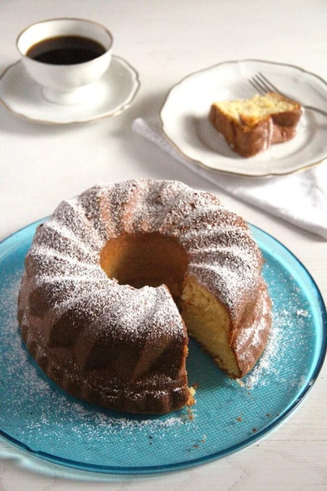 orange cake gugelhupf 683x1024 Orange Bundt Cake   Moist, Delicious and Quick Recipe