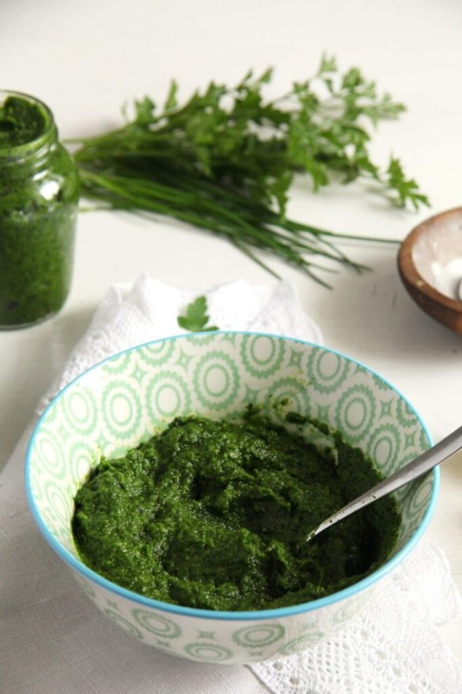 parsley paste herbs 683x1024 Homemade Herb Garlic Paste   with Parsley and Chives