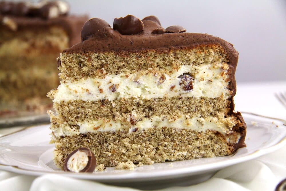 schoko bons Schoko Bons Torte with Hazelnuts and Mascarpone Filling