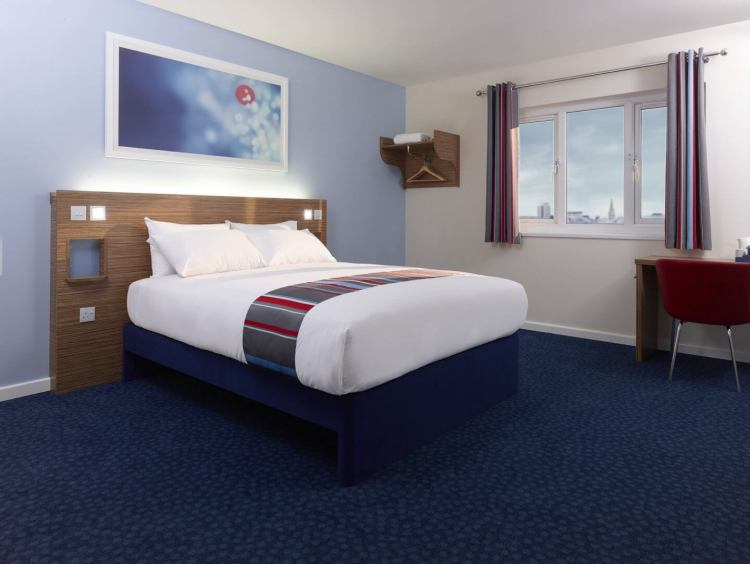 best place to stay near O2 arena london where is tara