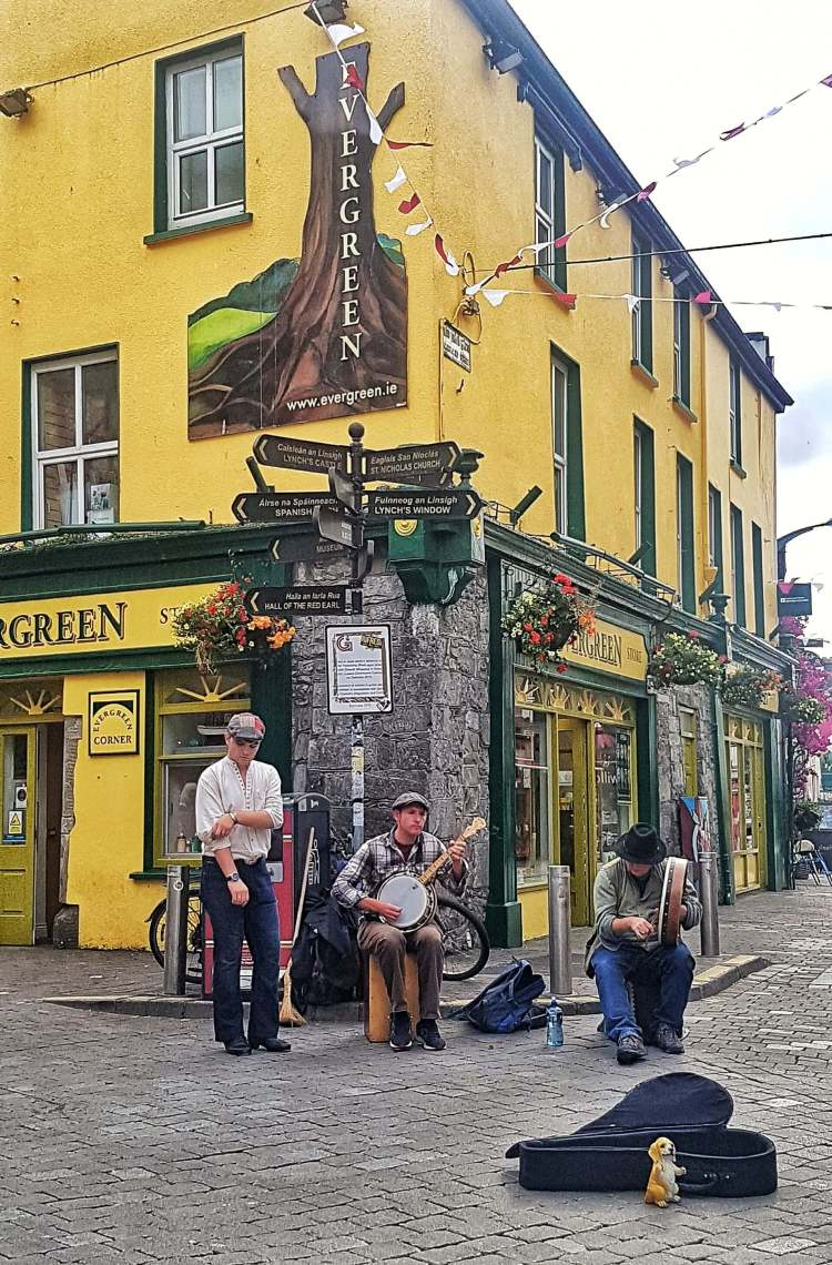 The galmont hotel and spa galway buskers