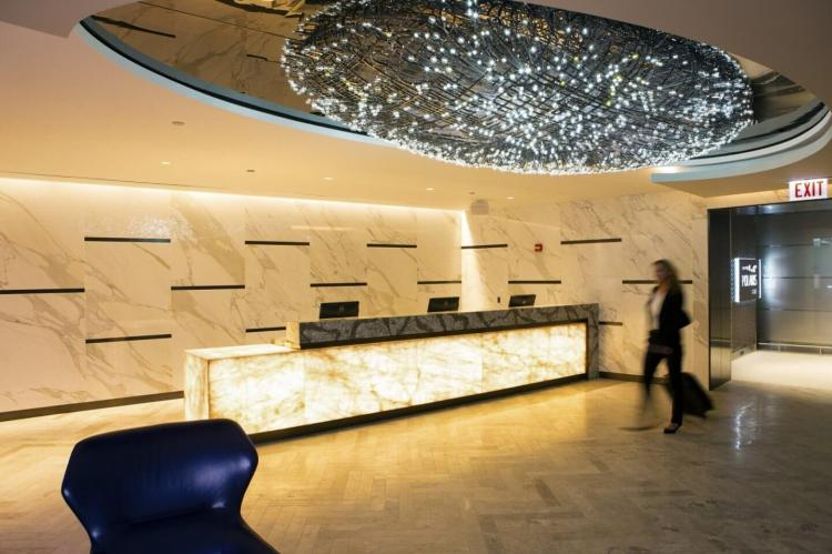 united polaris business class lounge Chicago entrance