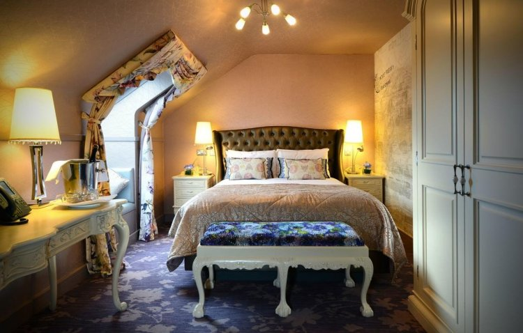 best castle hotels in Ireland Clontarf