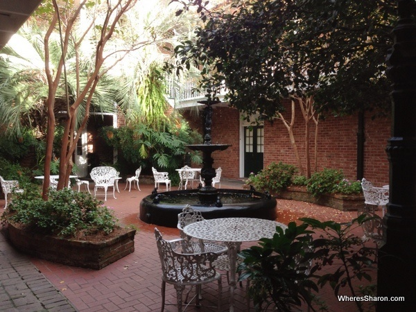 New Orleans hotel courtyard