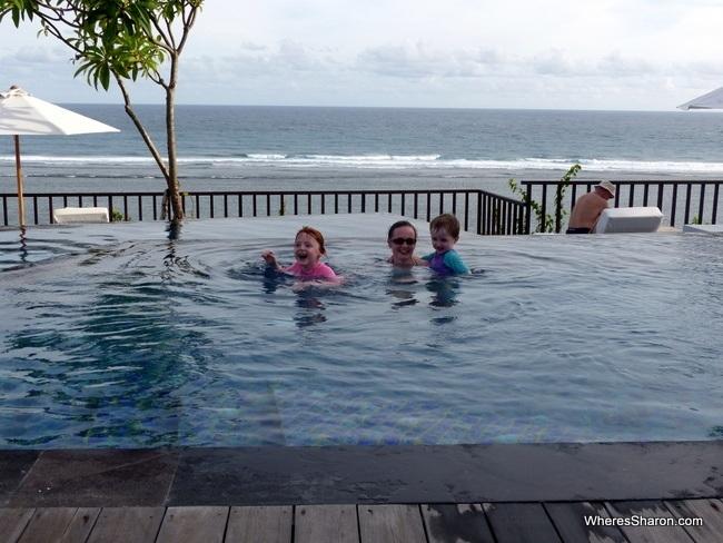 Samabe bali suites and villas infinity pool