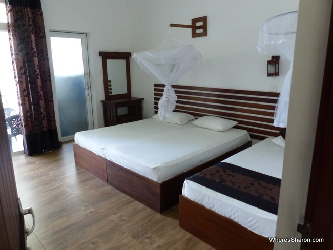 Manel Guest House triple room best accommodation in Polonnaruwa