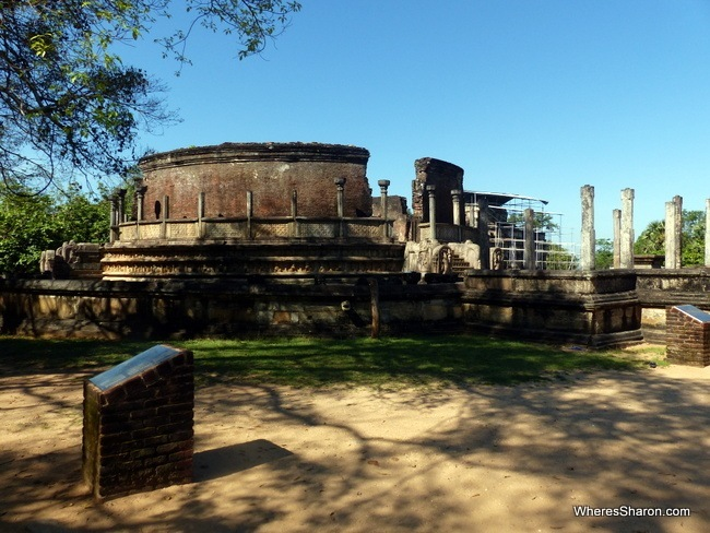 Vatadage Polonnaruwa place to visit