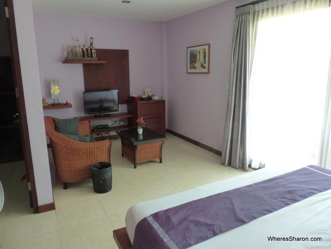 family room Melasa House review