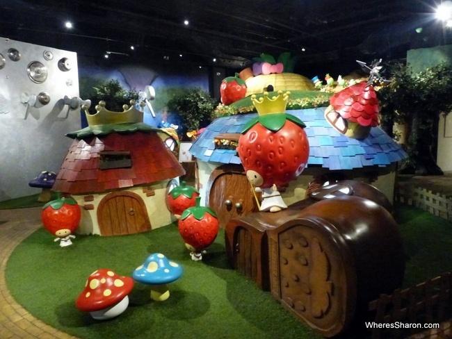 Oz Experience at hello kitty theme park johorbahru