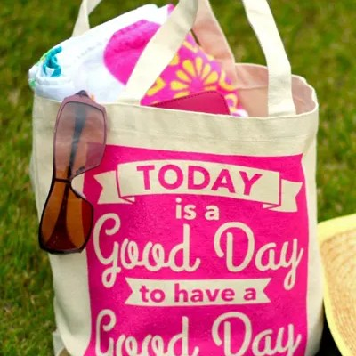 DIY Painted Canvas Bag & FREE Cut File!