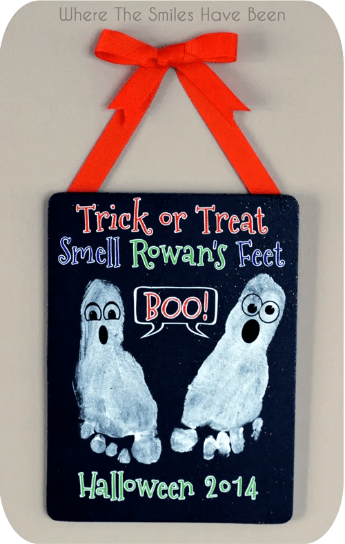 Halloween Footprint Craft