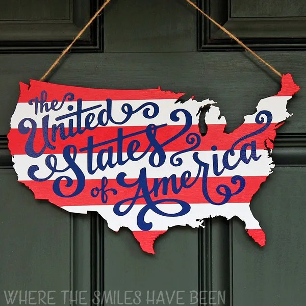 Patriotic Usa Map Wooden Door Hanger