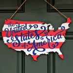 Patriotic USA Map Wooden Door Hanger: Perfect for Memorial Day and Fourth of July!