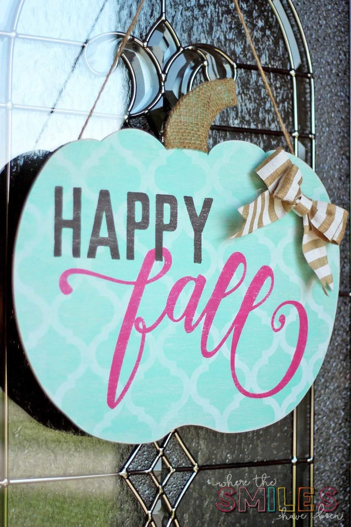 Happy Fall Pumpkin Door Hanger: My Girl Gourd | Where The Smiles Have Been #Fall #wreath #shabbychic