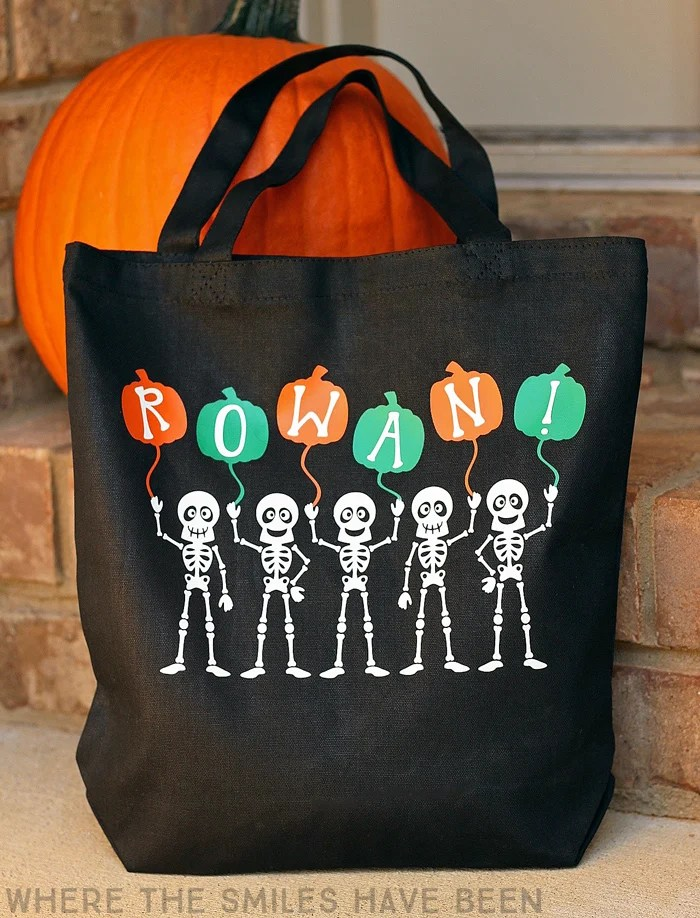 Fun Skeleton Trick-or-Treat Bag that GLOWS in the DARK! | Where The Smiles Have Been