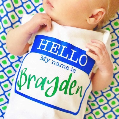 DIY 'Hello, My Name Is' Personalized Newborn Onesie