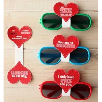 Sunglasses Valentine's Day Cards with FREE Printable & Cut File!