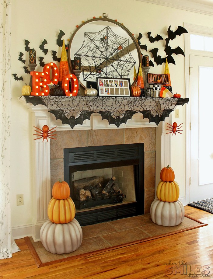 Halloween Mantel Decor: Pumpkins and Spiders and Bats! Oh My!   Where The Smiles Have Been #Halloween #HalloweenMantel #HalloweenDecor #pumpkin