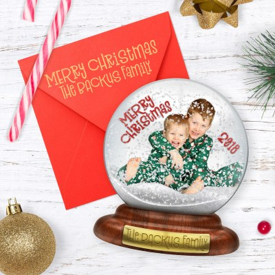 DIY Snow Globe Christmas Card: A Cute & Unique Holiday Greeting! | Where The Smiles Have Been #Christmas #ChristmasCard #snowglobe #DIY #DIYcard #Silhouette #PrintAndCut #mockup