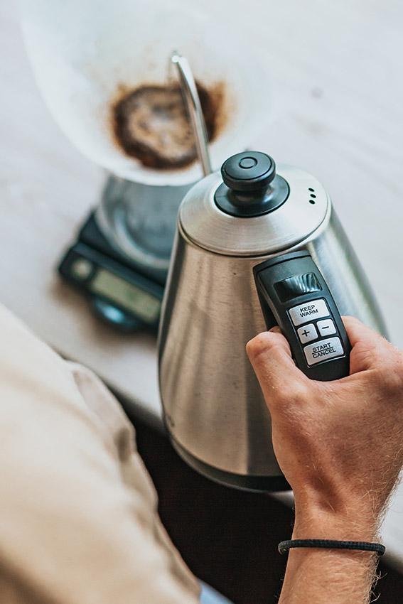 preparare-caffè-chemex-gooseneck-kettle-1