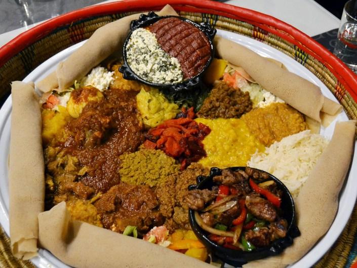 Hanan Restaurante Etíope. Degustación para cuatro personas