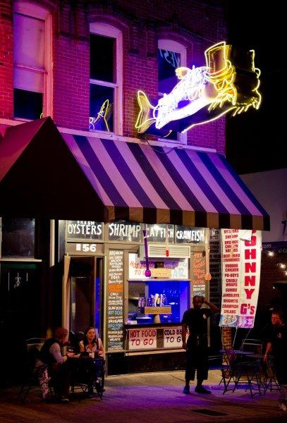 Neon in Memphis