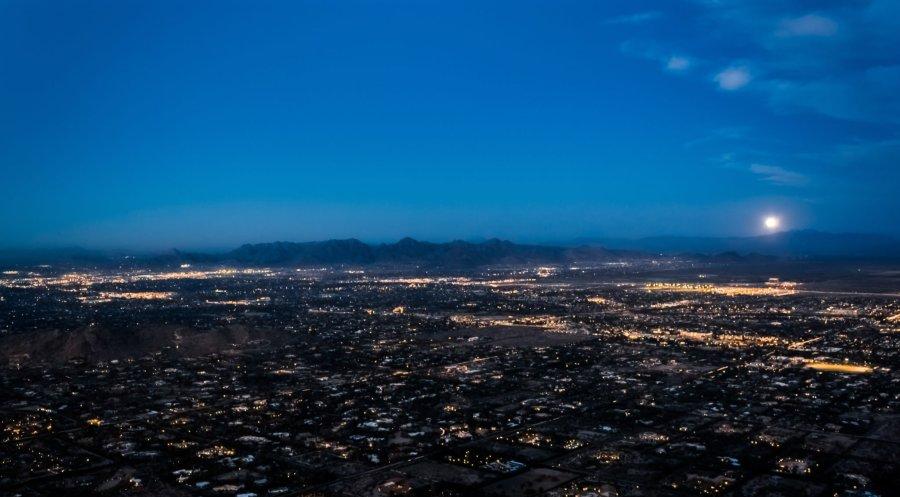 Moonrise Phoenix Arizona William Woodward