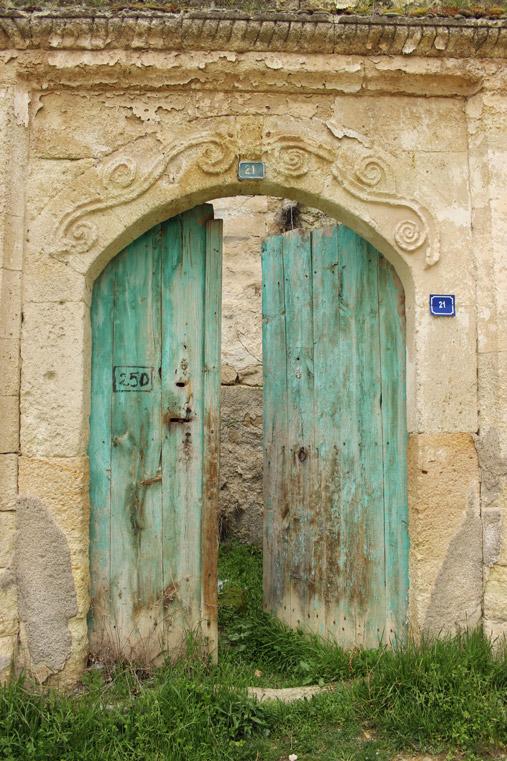Doors in Ortahisar