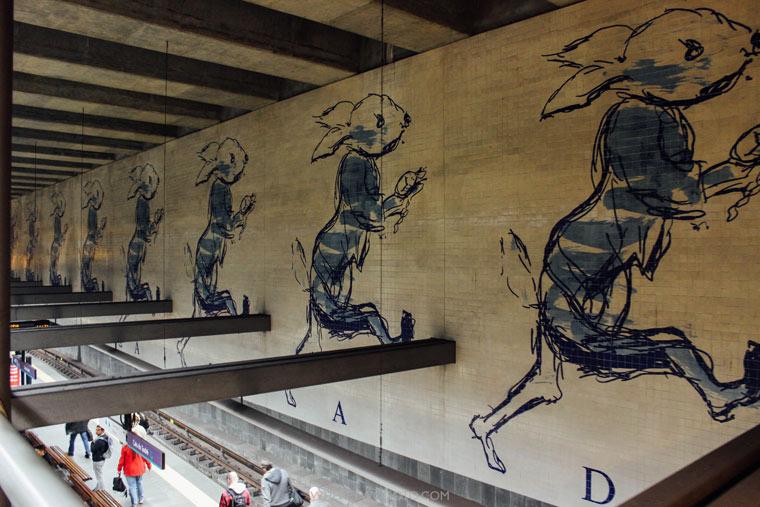 Cais-do-sodre-metro-Lisbon