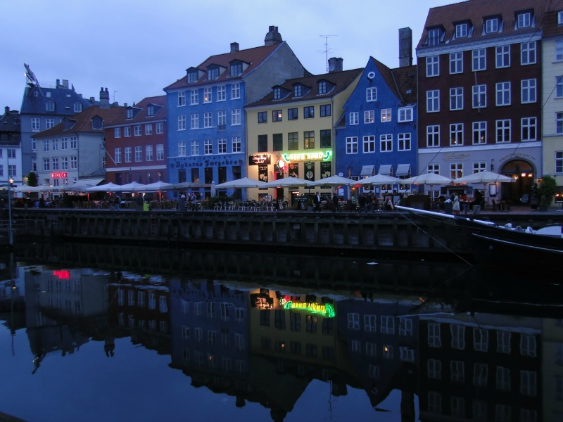 Night views of the colorful canal houses in Copenhagen.