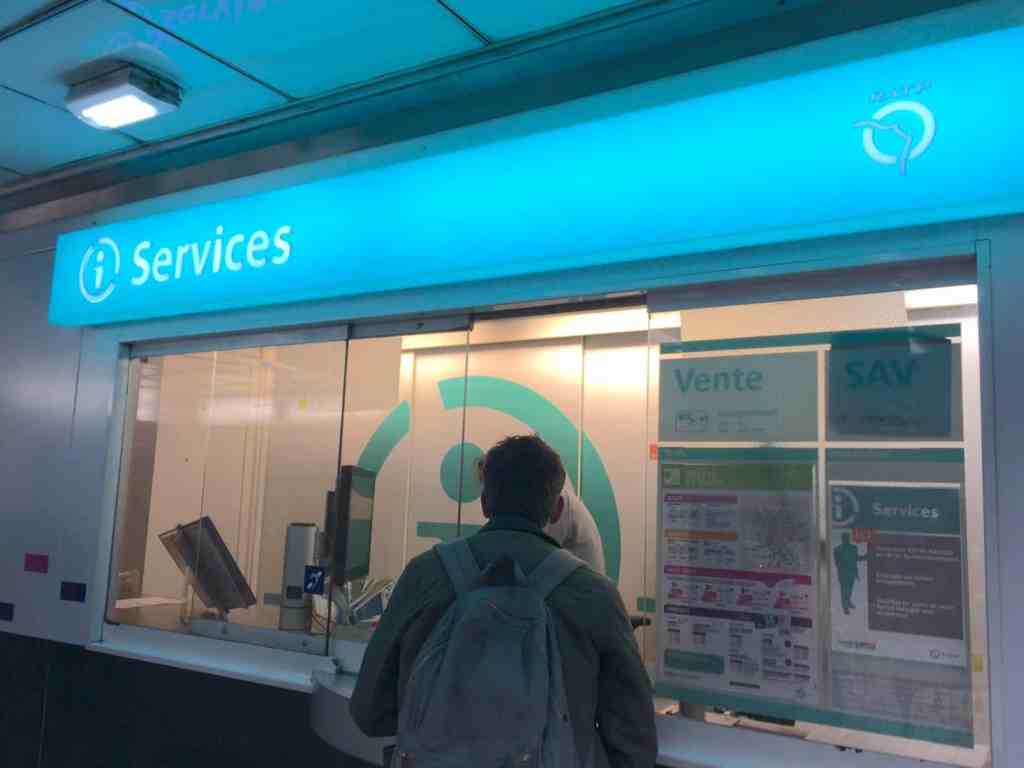 Services booth in Paris metro station