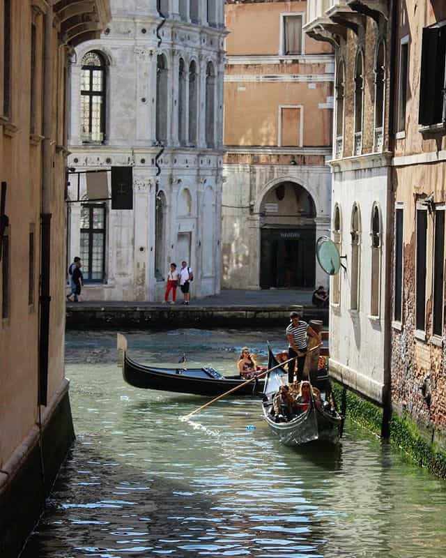 24 hours in venice - gondola ride
