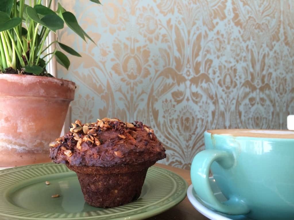 Cheap places to eat in Toronto - Fantail Bakery