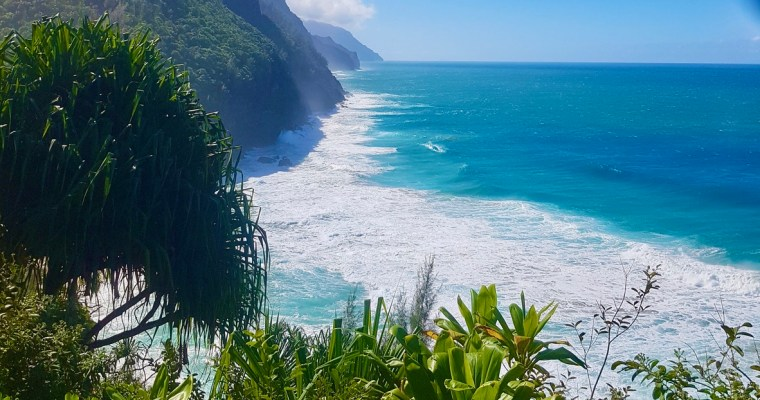 Hiking Kalalau Trail – 10 Things You Need to Know