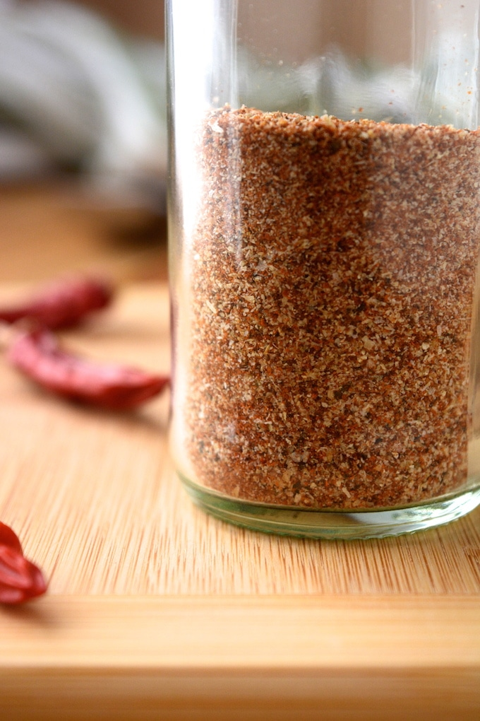 A 5 spice Cajun Seasoning that's ready in under 2 minutes! This spicy seasoning is also salt free! Plus the quantity is completely adjustable, so make as little or as much as you'd like!
