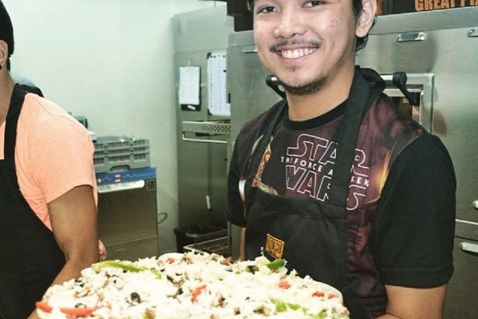 Yellow Cab Solenad 3 Nuvali opens with a pizza-making activity
