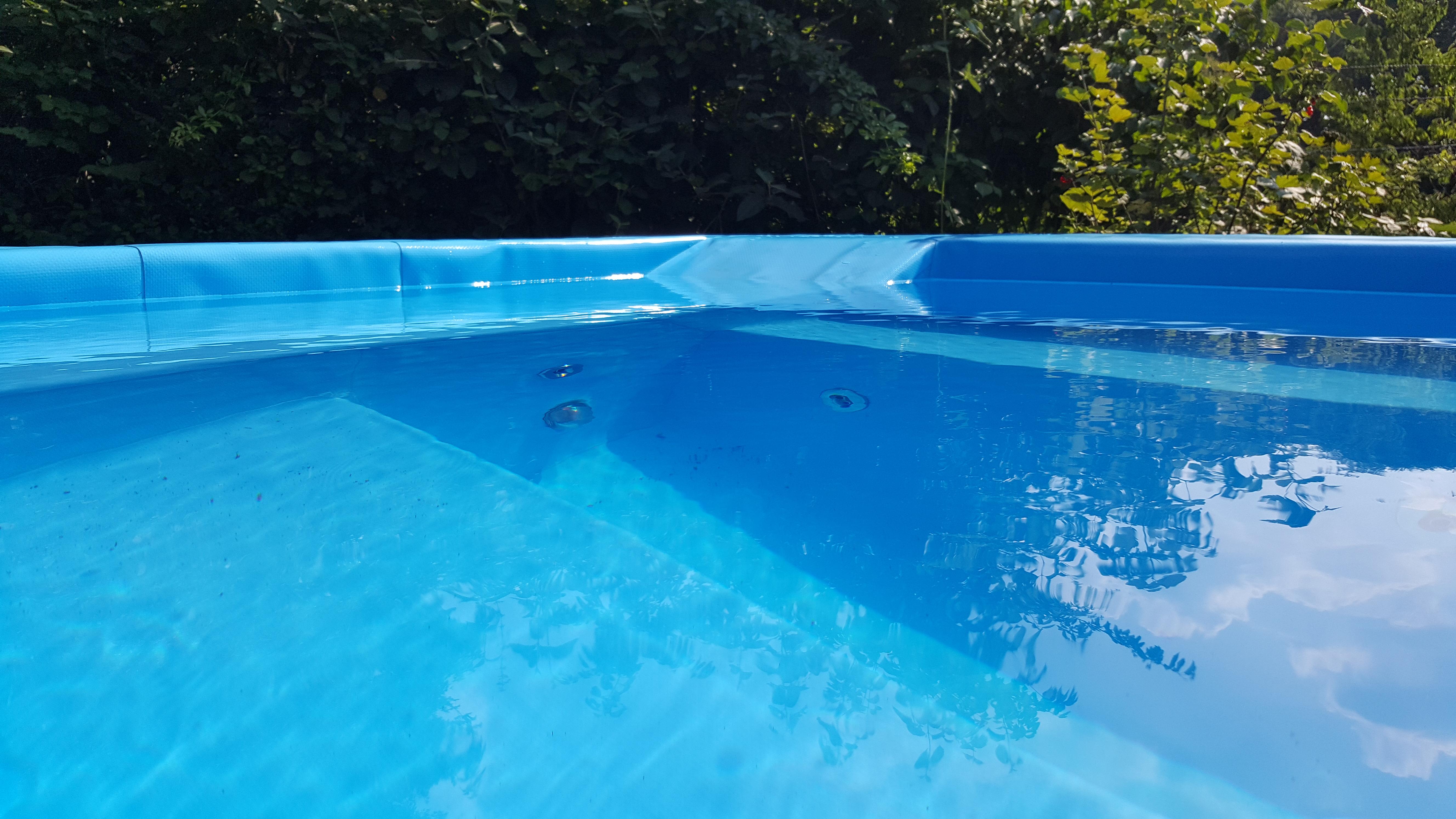 Wasser im Pool - Whirlpool selber bauen
