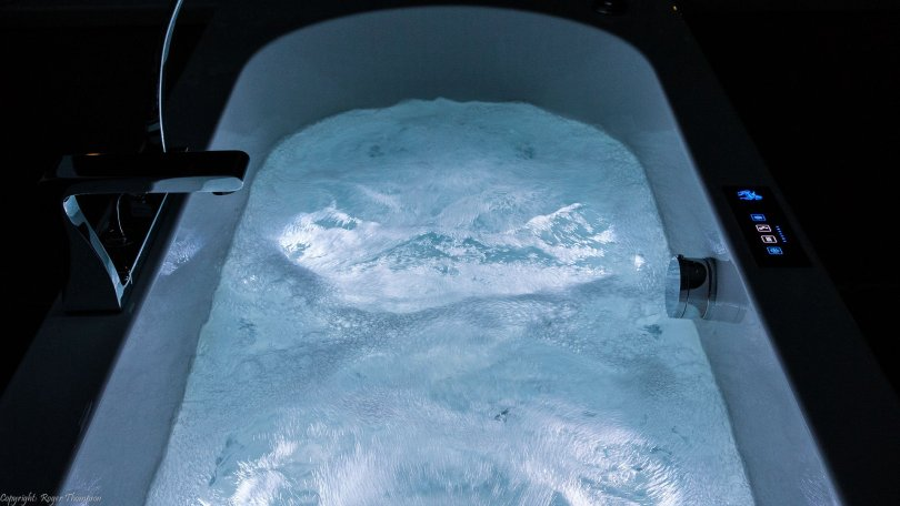 White chromotherapy lighting in Pegasus Sensations whirlpool bath