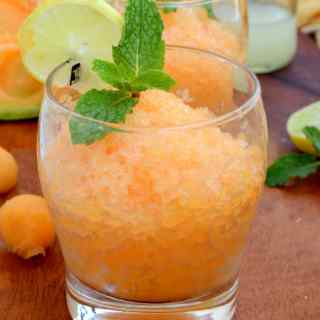 To beat the heat this summer and keep your cool, here is a refreshing and super easy to make Italian dessert, Cantaloupe Lemon and Mint Granita.