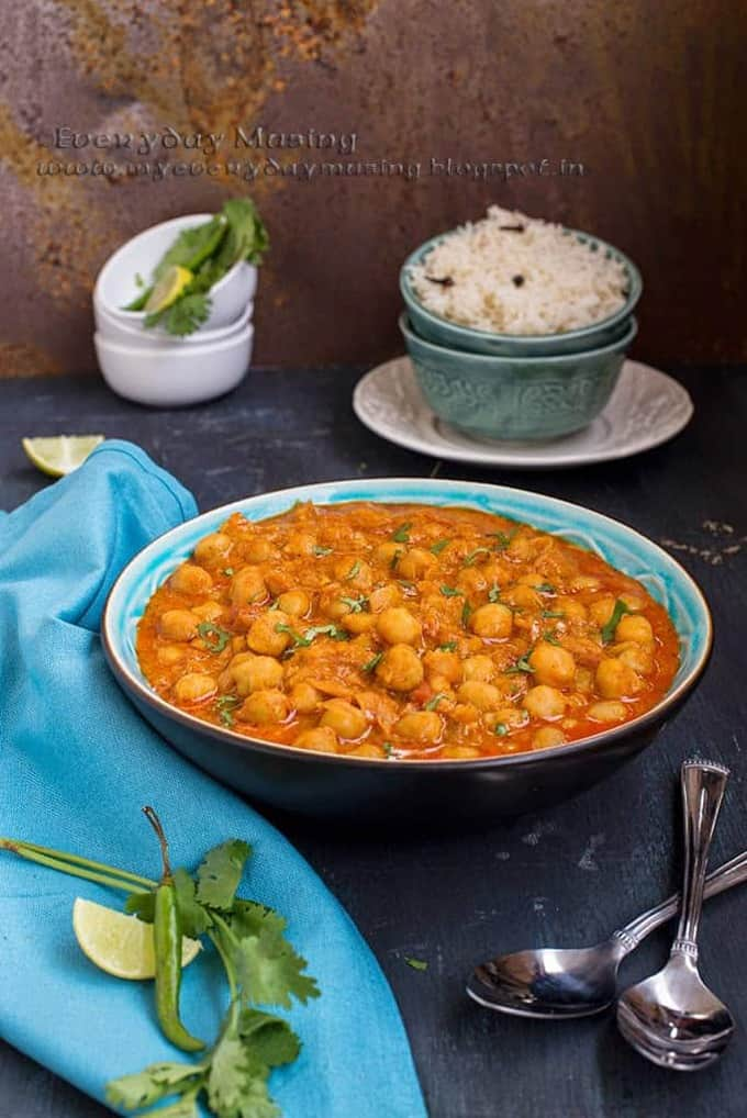 Shahi Chole Masala / Chickpeas in a rich and creamy gravy