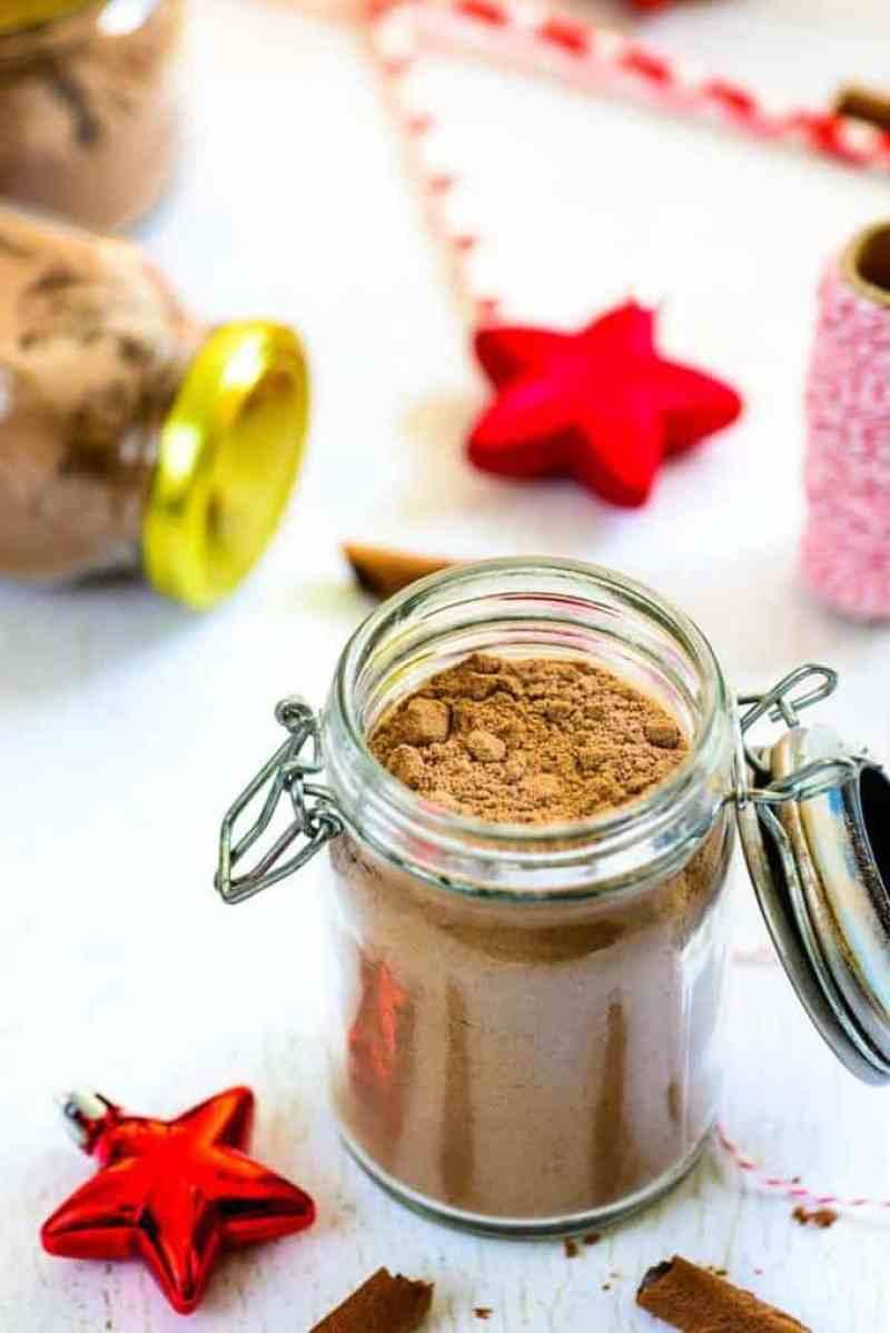 Homemade Spiced Hot Cocoa Mix