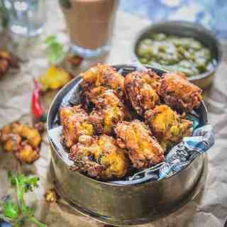 Corn Pakora Recipe, Corn Fritters Recipe, Corn Pakoda, bhutta pakora, corn pakoda recipe, makai ke pakode recipe in hindi, corn pakora step by step, crispy corn pakoda