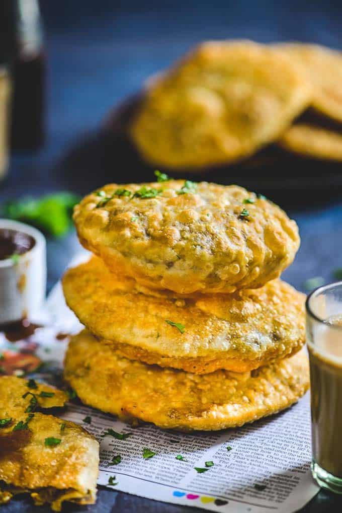 Matar Kachori Recipe (Green Peas Stuffed Puffed Bread)