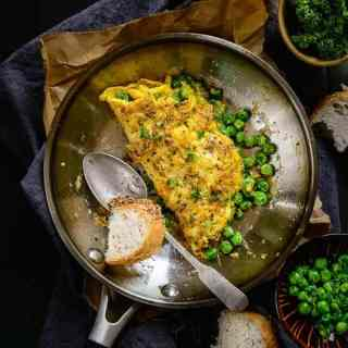 Quick to make, easy to make and tasty to eat, Peas and Parsley Omelette is a sure win for the day. Read its simple recipe and eat it soon!