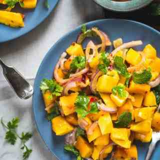 Malaysian Ripe Mango Salad is an overload of awesomeness during summer. Munch on it, read its recipe!Here is how to make it.