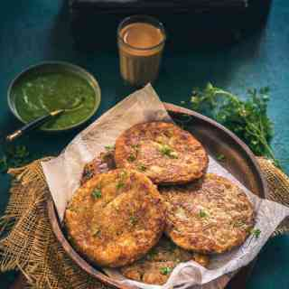 Crafted by cooking the mix of sabudana, potatoes, spices, Sabudana Vada pancakes are crunchy as well as easy to make. Here is the recipe.