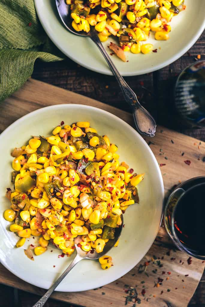 Corn Chaat is a mix of buttered corn kernels which is tossed with condiments, veggies and a tad of tomato ketchup which renders it a superb flavour.