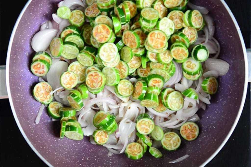 Tindora Fry, Tindora Sabzi, Dondakaya Fry, Tindora Recipe, tendli fry, tendli recipe, ivy gourd recipe