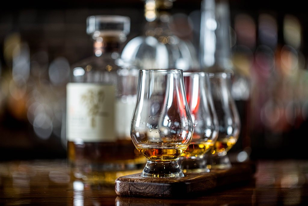 Whiskey Bear - Lexington Kentucky bar - Tasting Events
