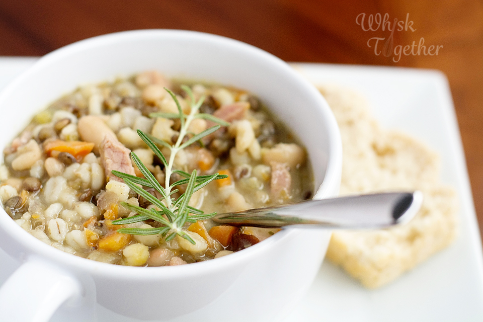 Hearty Ham and Bean Soup-6110 copy